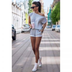 Sommerliches Sweatset in Grau