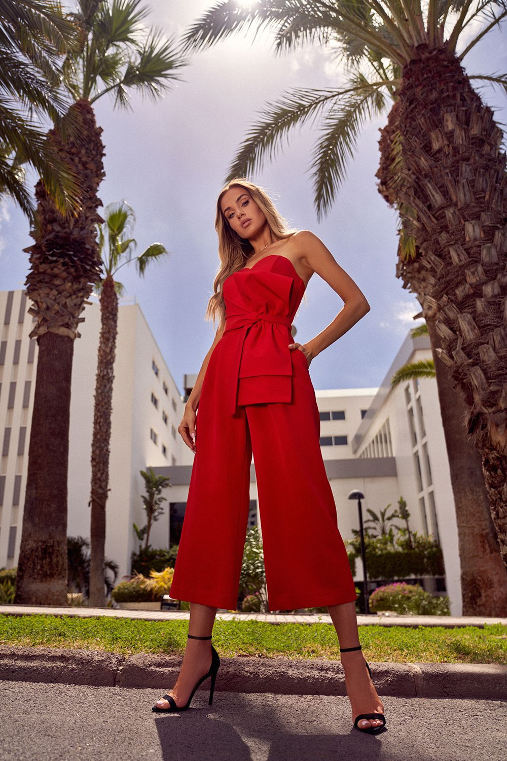 Roter Sommeroverall